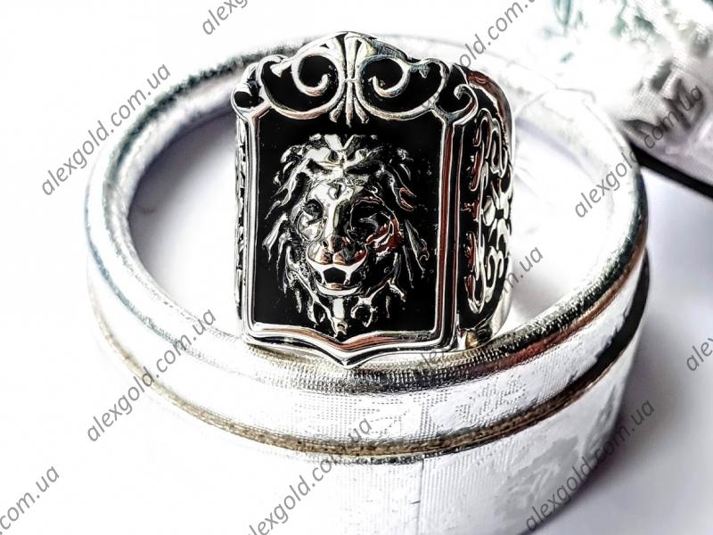 Золотая печатка с львом