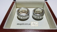 Широкие обручальные кольца c надписью Versace