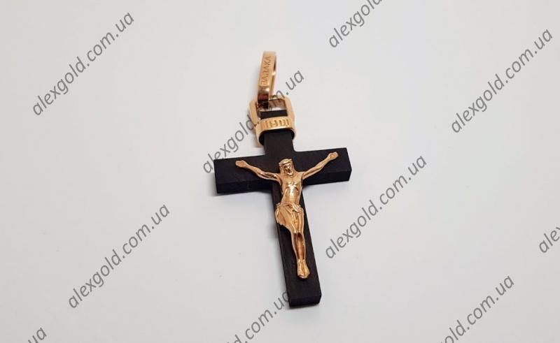 Золотой крест Baraka на  дереве